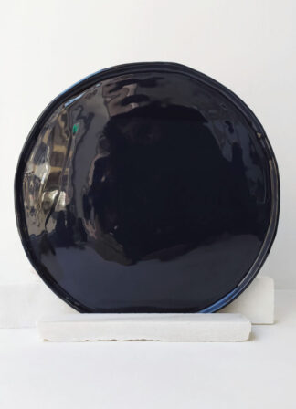 ater-portuguese-handmade-ceramics-black-plate-scar-id