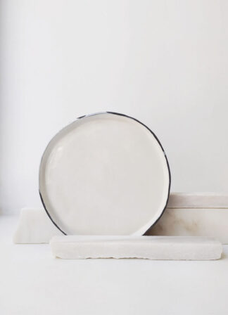 ater-portuguese-handmade-ceramics-white-plate-scar-id
